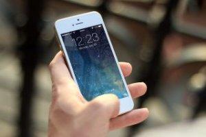 iPhoneで通知音が鳴らない!バッジも表示されない場合の解決法!